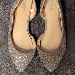SPARKLY!!! Gray, Jeweled Pointed Ballet Flats.
